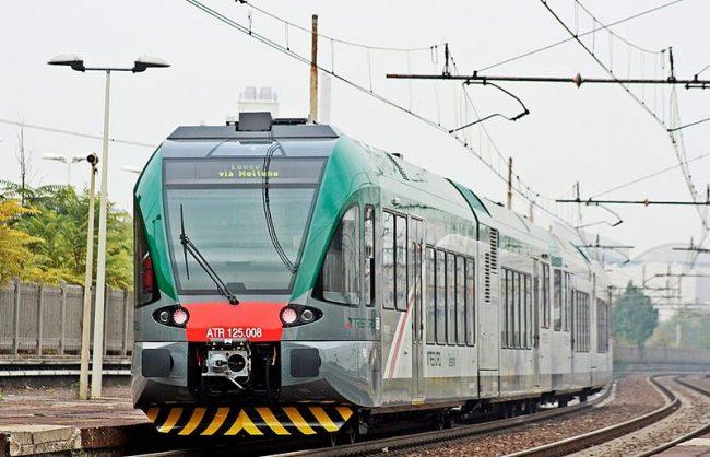 Ferrovia interrotta per il maltempo: ripresa la circolazione sulla Lecco-Carnate-Milano FOTO