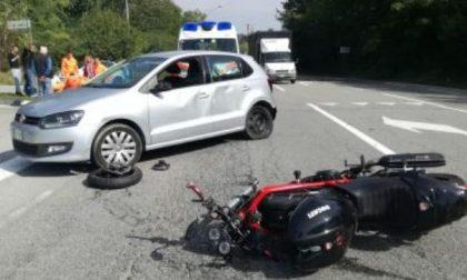 Schianto a Cernusco grave motociclista VIDEO