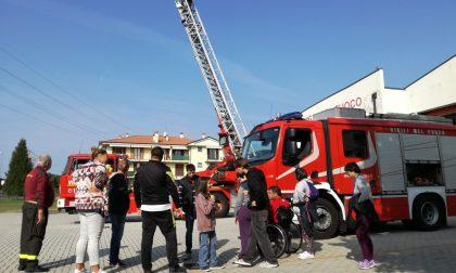 I ragazzi di  Artimedia diventano pompieri per un giorno FOTO