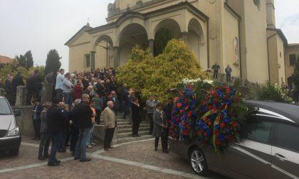 In tantissimi al funerale di Stefano Casati