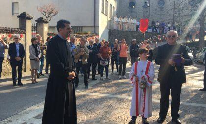 Don Marco Crippa l'ingresso ufficiale nella comunità FOTO