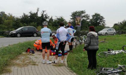 Ciclista caduto a Osnago finisce in ospedale