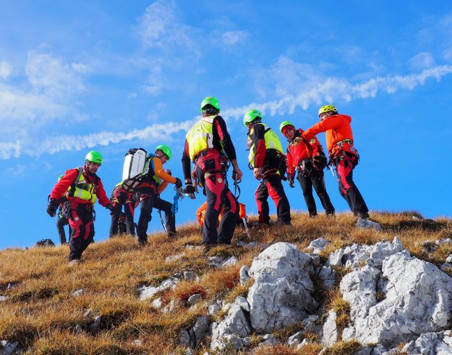 Quattro lecchesi salvati dal Soccorso Alpino della Valmasino