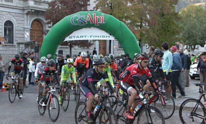 Gran Fondo Don Guanella, in 1200 al via: vincono Cini e Sonzogni FOTO