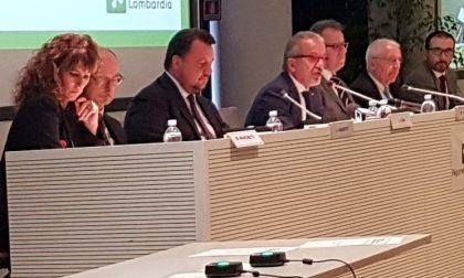 Referendum Lombardia: Maroni spiega come usare il tablet per votare