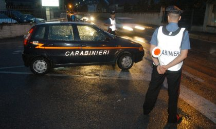 Tentano di scappare dai Carabinieri, denunciati due giovani
