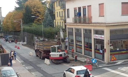 Lavori in via Cerri, strada chiusa in un tratto