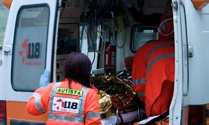 80enne cade in bici: trauma cranico