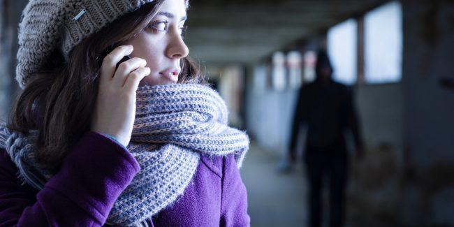 Arrestato stalker: minacciava la moglie di volerla sfregiare con l'acido