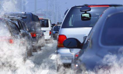 In Lombardia peggiora la qualità dell'aria: da domani scattano misure di primo livello, ma non a Lecco