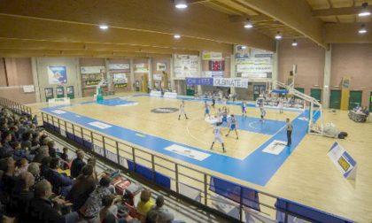 Al PalaRavasio si scrive la storia del basket lecchese, derby in B fra Gordon e Gimar