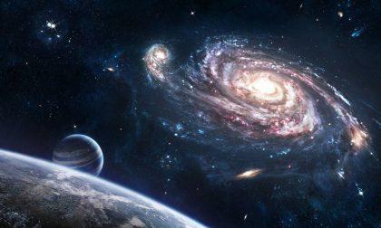 Fisica e universo, la biblioteca di Villa punta al cielo