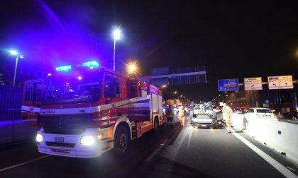 Auto ribaltata e Valassina chiusa verso Milano