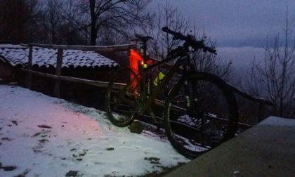 Prima neve in Brianza sul Monte San Genesio FOTO