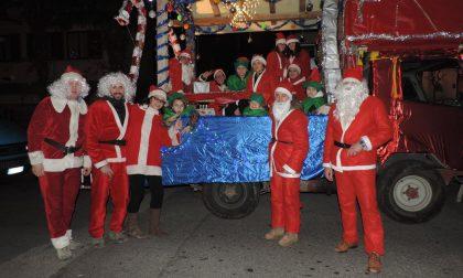 Natale a Mandello con presepi e sfilata dei carri