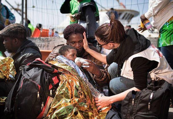 Migranti a Calolziocorte, dopo la smentita della Prefettura monta la rabbia della  Casa delle Sinistre