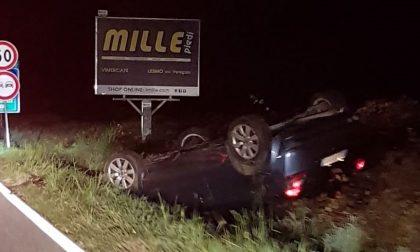 Auto ribaltata lungo la ex Statale 36 quattro feriti