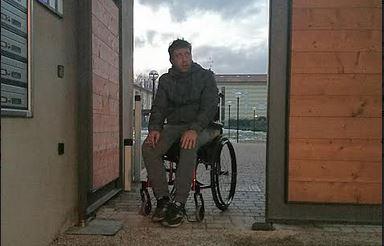 Disabile prigioniero in casa sua brianza nuova stacca l for Come costruire l ascensore di casa