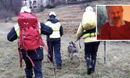 Volontari e forze dell'ordine in campo per cercare Giacomo Valsecchi