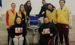 Lions Club dona una sedia a rotelle per far giocare i bimbi disabili a tennis FOTO