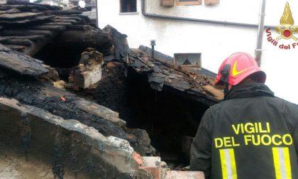 Maxi incendio a Premana spento dai Vigili del fuoco