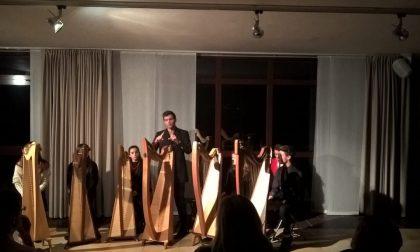 Varenna, vibrante serata con le arpe celtiche FOTO