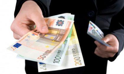 Estorce 2mila euro all'amante sposata per il suo silenzio, arrestato 32enne