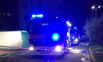 Maxi rogo al Villaggio tre auto in fiamme a Germanedo FOTO
