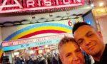 Amore gay lungo 26 anni coronato a Sanremo per una coppia meratese VIDEO