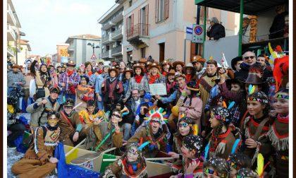Carnevale Calusco, in 5mila per le strade TUTTE LE FOTO