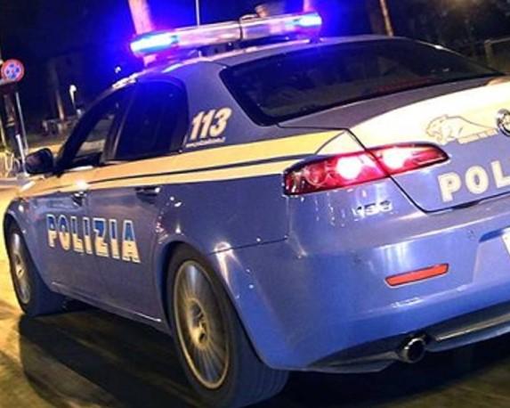 Furto in un negozio e rapina in stazione a Lecco: arrestato 15enne