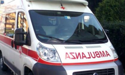 Strada chiusa per incidente nella frazione Galgiana a Casatenovo