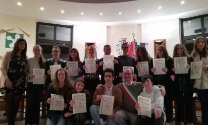 Borse di studio consegnate a 14 studenti FOTO