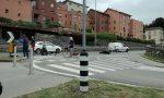 Incidente auto moto, motociclista in ospedale