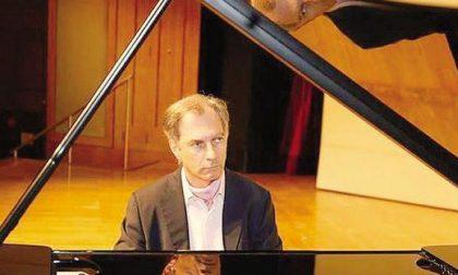 Domani il pianista Panciroli a Lecco
