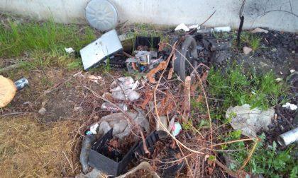 Troppi rifiuti abbandonati a Calolzio (non solo da calolziesi)
