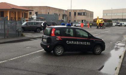 Sparatoria in azienda nel Bresciano: dopo due omicidi il killer si è tolto la vita