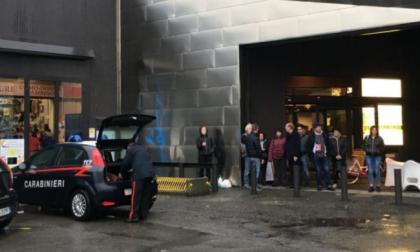 Sparatoria nella Bergamasca in una sala slot | Due morti e banditi in fuga