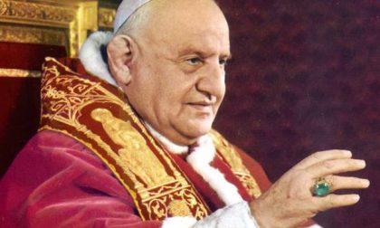 Visita alla salma del Papa buono