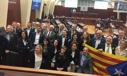 Leghisti…catalani: manifestazione in Regione per Puigdemont &C.