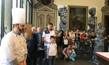 Ritratti manzoniani in jeans, inaugurata la mostra in Villa Confalonieri FOTO