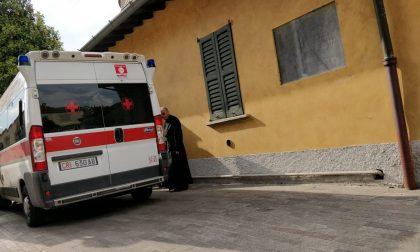 Cade anziana ambulanza alle Cresime FOTO
