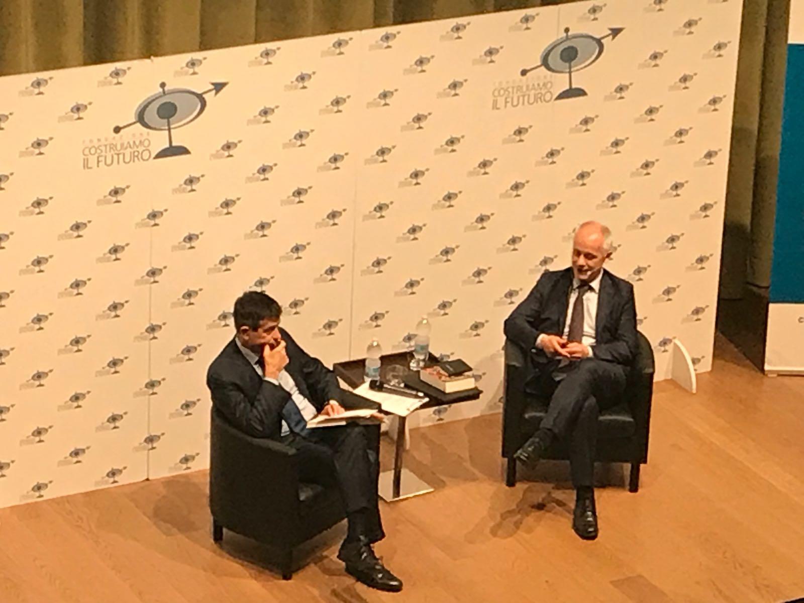 """Il direttore del Corriere a Merate: """"Salvini quel Governo non lo voleva, ora coraggio della responsabilità"""""""