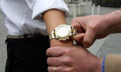 Maxi truffa a un pensionato: malviventi gli rubano il Rolex