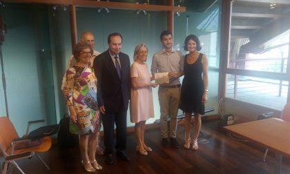 Premio Ultreya a Nicola Personeni, giovane laureato in medicina