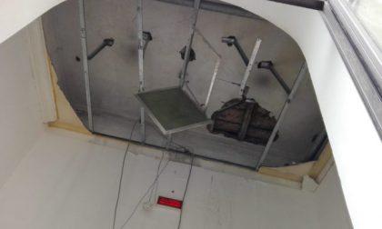 Paura in stazione a Monza per il crollo di parte del tetto