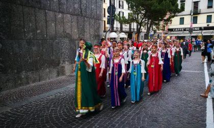 Festival Zelioli la sfilata in città VIDEO