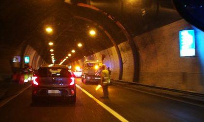 Maxi incidente nell'attraversamento di Lecco