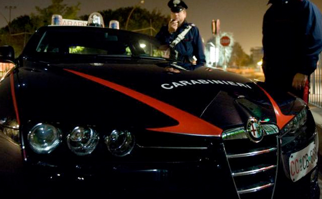 Vede i Carabinieri, fugge ed esce di strada: in manette 40enne