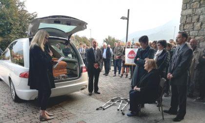 Straziante addio dei dipendenti a Colombi, imprenditore illuminato